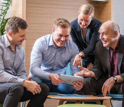 Asiantuntijat näkyvät Buildercomin uusilla verkkosivuilla